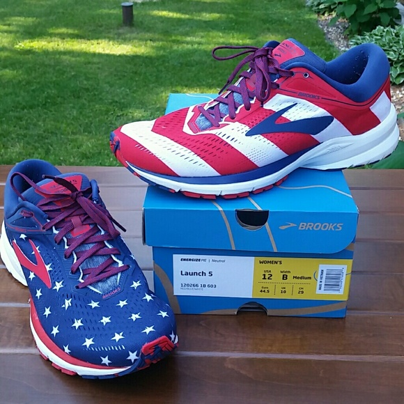 Brooks Shoes | Launch 5 Stars And